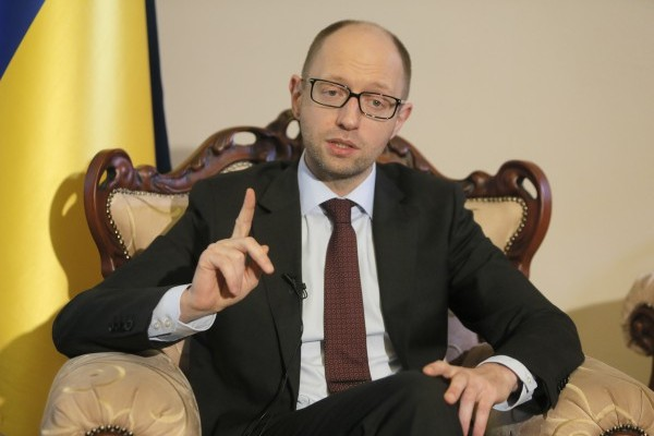 Яценюк шантажирует Верховную Раду