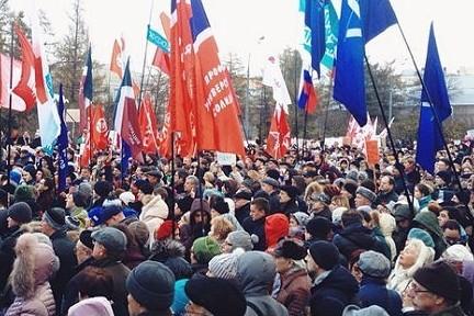 Более 200 сокращенных в Москве медиков получили по 200-500 тысяч рублей