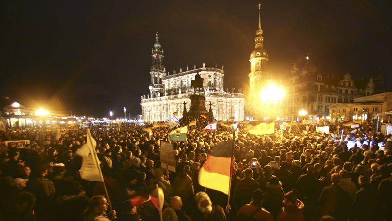 В Дрездене прошел крупнейший антиисламистский митинг