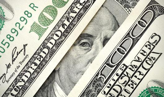 Доллар упал до 54 рублей