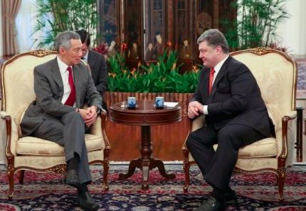 Украинских чиновников в Сингапуре научат бороться с коррупцией