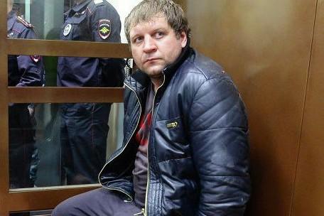 Судья продлил содержание Емельяненко под стражей еще на полгода