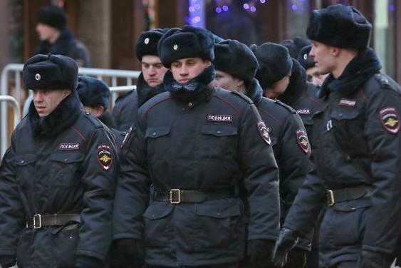 На Манежную площадь Москвы стянуты дополнительные наряды полиции