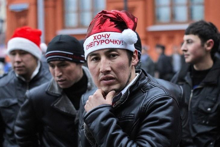 Путин подписал закон о запрете на въезд в Россию мигрантам-нарушителям на 10 лет