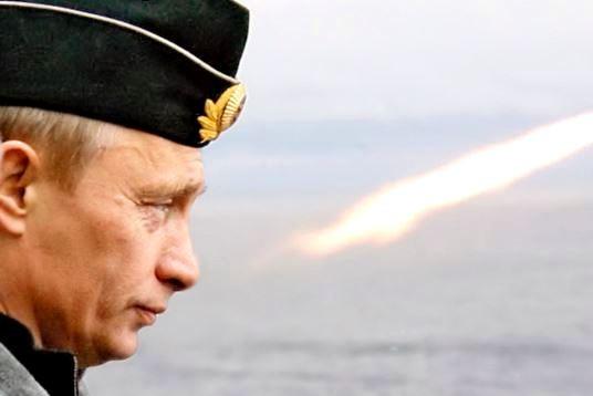 В НАТО надеются на свержение Путина в 2015 году
