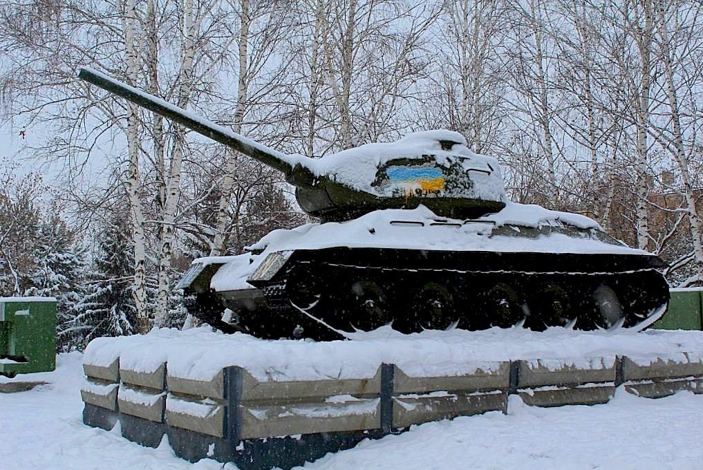 Полиция задержала вандалов, осквернивших памятники в Новосибирске