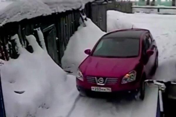Автоледи переехала человека из мести за царапину