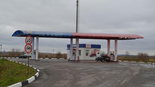 В Ленинградской области полицейские грабили АЗС
