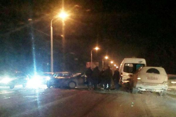 В массовом ДТП в Уфе пострадали 5 человек