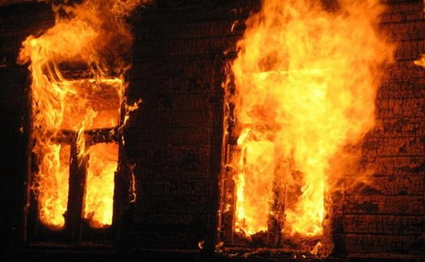 В Удмуртии рецидивист поджег собутыльников и спалил весь дом
