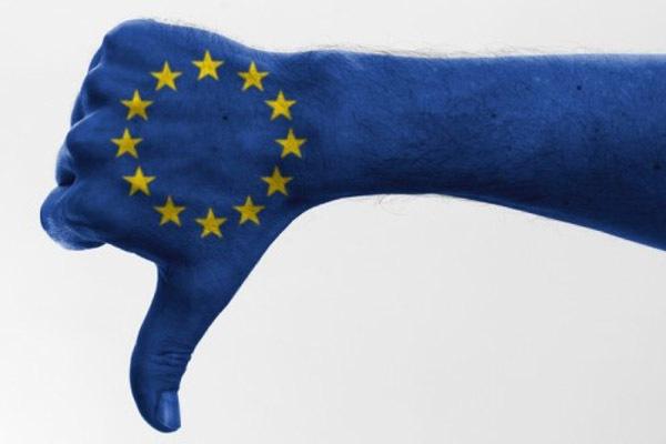 Британцы склоняются к выходу из ЕС