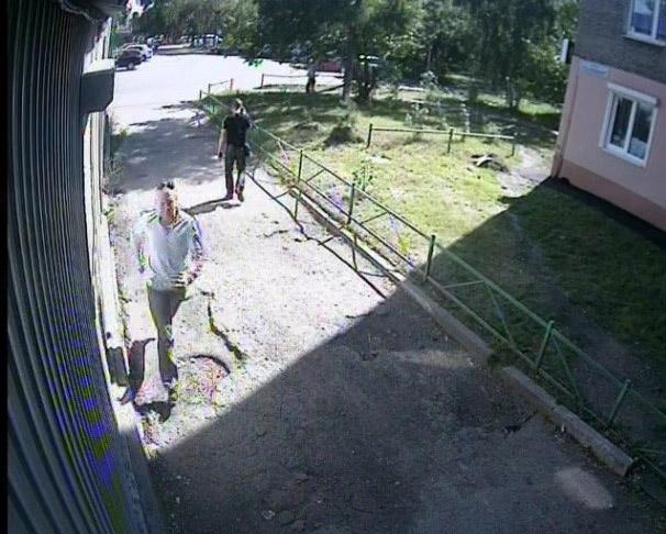 В Иркутске ищут насильника, напавшего на девушку в подъезде