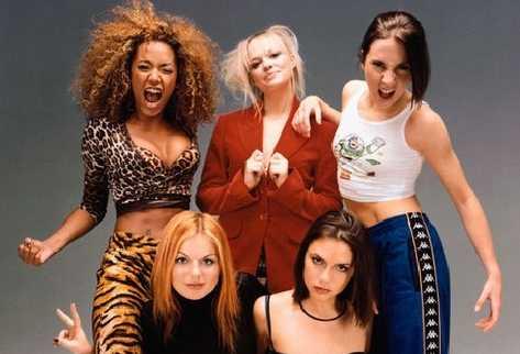 Spice Girls Мел Би всегда выделялась своей буйной шевелюрой
