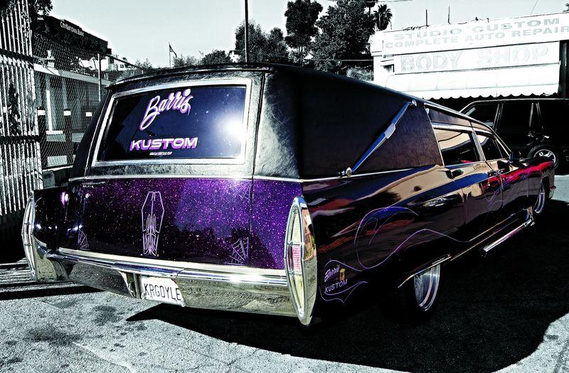 В Лос-Анджелесе угнали катафалк