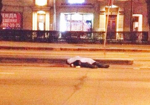 В Санкт-Петербурге пьяный полицейский насмерть сбил человека