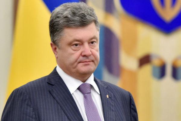 Порошенко призвал прекратить огонь к 9 декабря