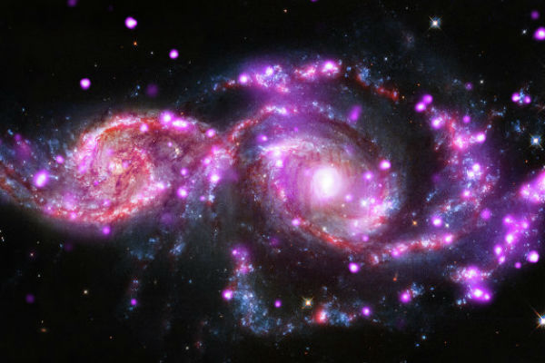 Астрофизики запечатлели слияние двух галактик