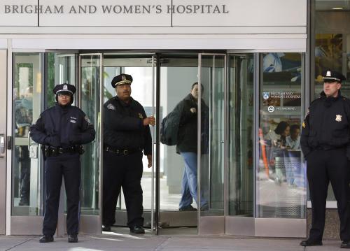 В Бостоне в госпитале застрелили врача