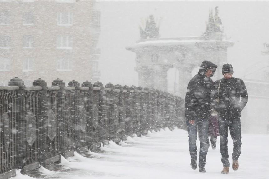После обеда в столице начнется снегопад