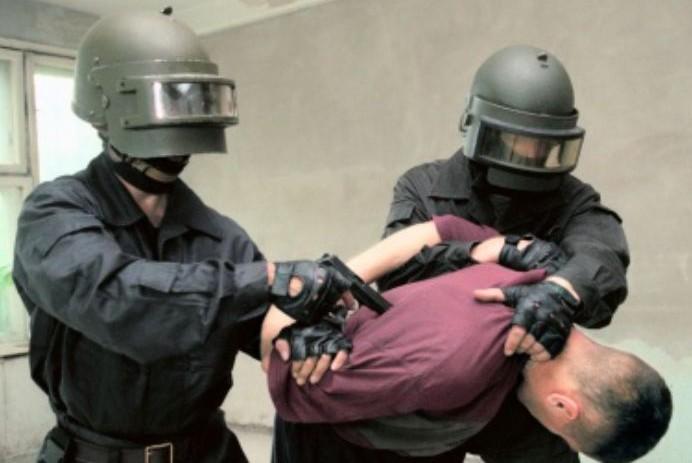 В  Подмосковье задержали трех подозреваемых в похищении человека