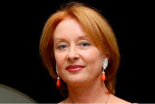 Лариса Удовиченко переехала из России во Францию