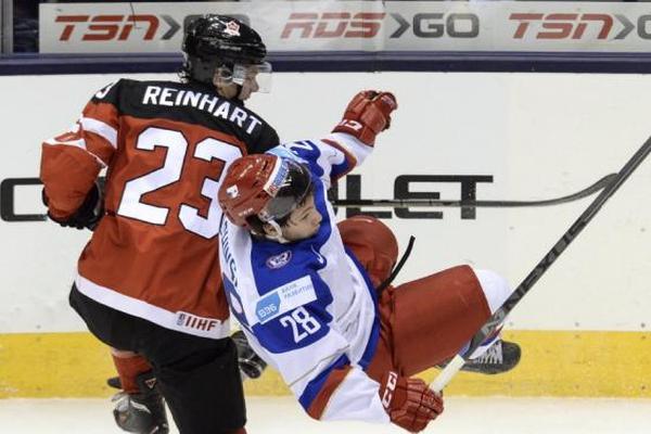 Российская хоккейная молодежка дала бой канадцам в финале чемпионата мира