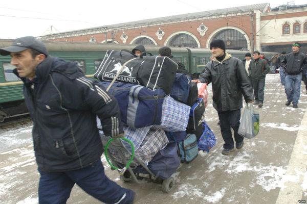 Поток мигрантов в Россию сократился на 70% в 2015 году