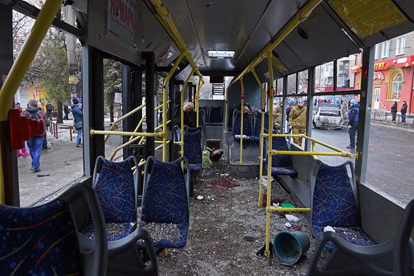 В ДНР объявили траур по погибшим при обстреле троллейбуса