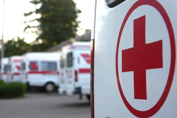 8-летняя девочка пострадала от обстрела в Донбассе, еще двое детей погибли