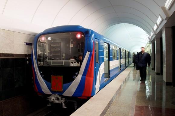 В петербургском метро прошли обыски по делу о строительстве вестибюлей