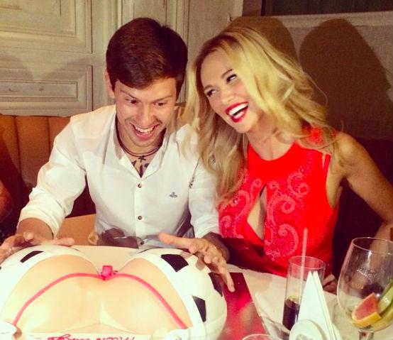Виктория Лопырева подарила мужу на день рождения огромную грудь
