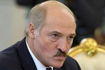 Лукашенко: Беларусь готова к диалогу с НАТО
