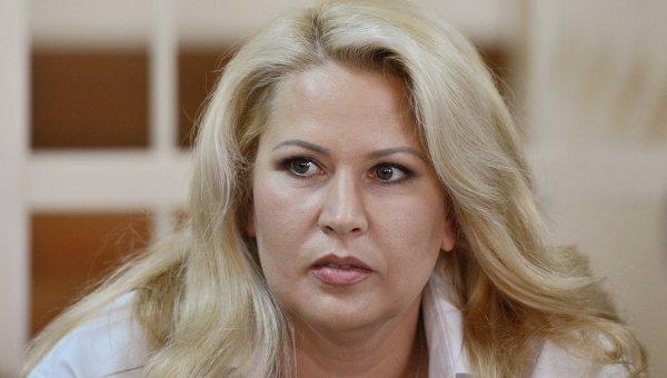 Суд отпустил Васильеву на похороны бабушки