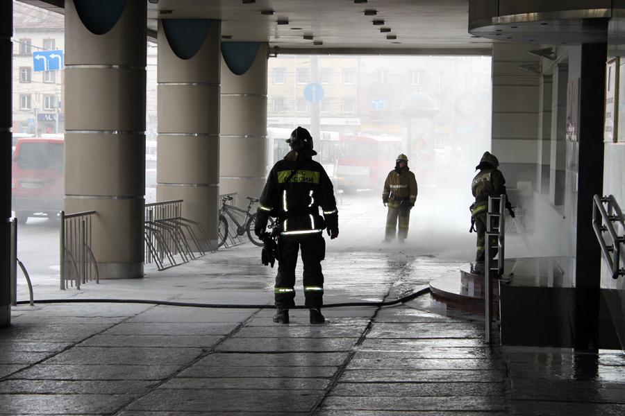 Мужчина устроил самосожжение возле мэрии Калининграда