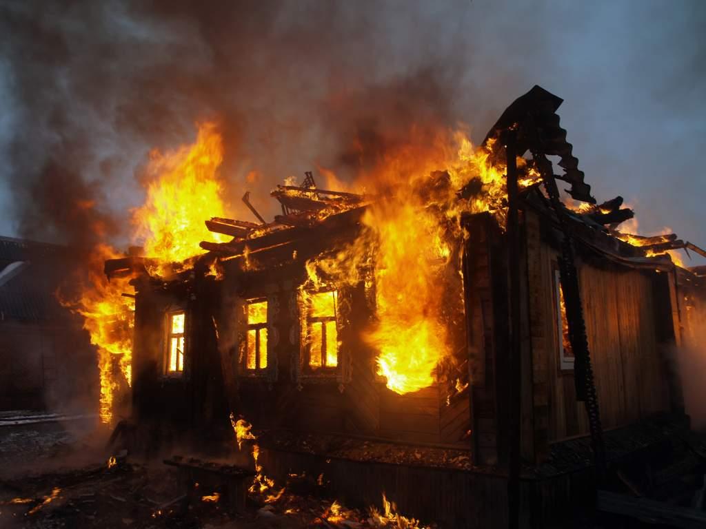 В Нижнем Тагиле пожар унес жизни троих мужчин