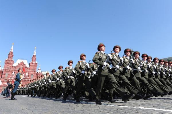 Путин лично пригласил главу Венгрии на Парад Победы в Москве