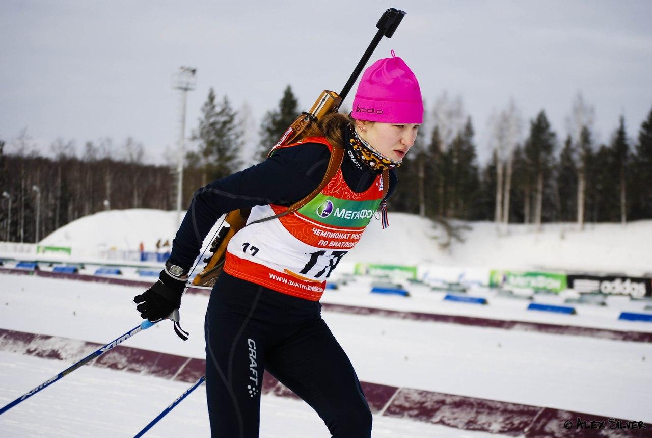 У российской биатлонистки во время гонки остановилось сердце
