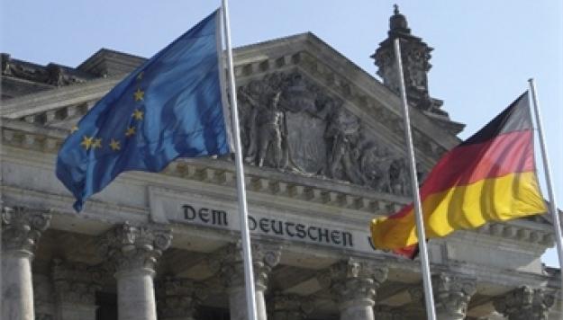 Бундестаг дал согласие на финансовую помощь Греции
