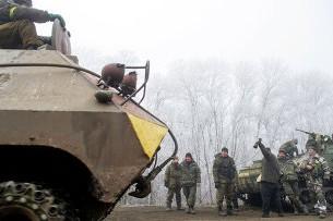 Уже 300 силовиков сдались в плен к ополченцам в Дебальцево