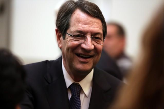 Президент Кипра предложил разместить на острове российские военные объекты