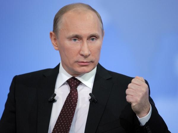 Путин поручил создать сеть госаптек