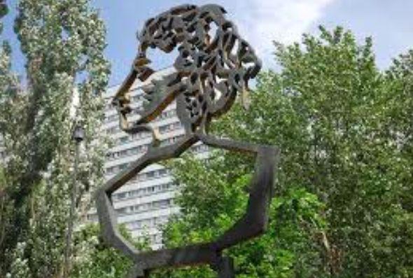 В Москве украли памятник Пушкину