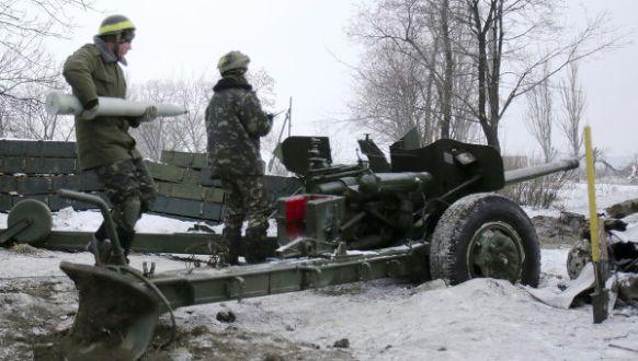 Украинские силовики с минуты на минуту начнут штурм Новоазовска