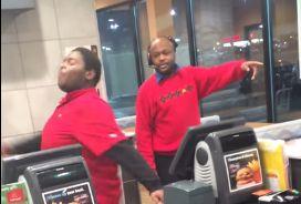 Взбесившийся работник McDonalds стал звездой YouTube