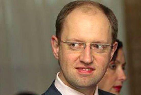 Яценюк хочет, чтобы Россия оплатила разгром Донбасса