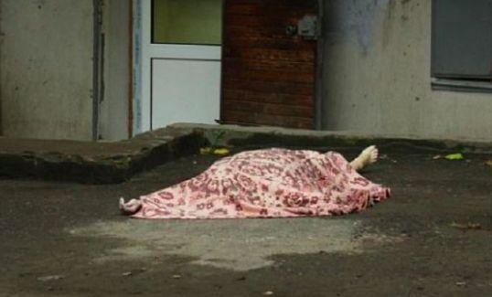 В День влюбленных москвичка зарезала мужа и покончила с собой