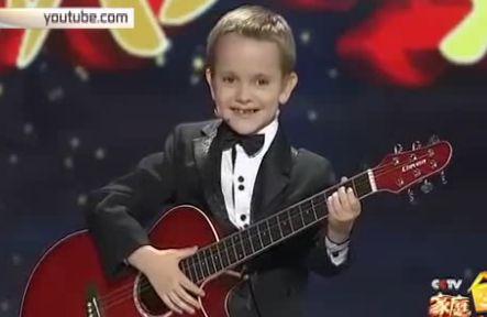 6-летний россиянин стал звездой китайской телепередачи