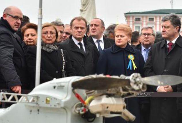 """Порошенко показал """"доказательства агрессии российских войск на Украине"""