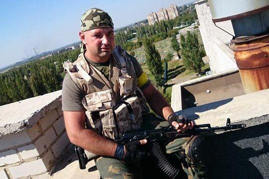 Снайпер рассказал, как силовики обстреливают дома жителей Донбасса, которые не рады