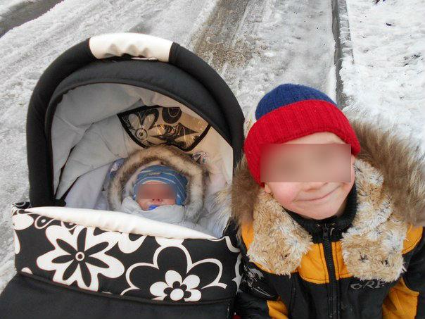Двое малышей остались сиротами после ДТП в Каменске-Уральском
